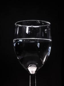 glass-933703_640